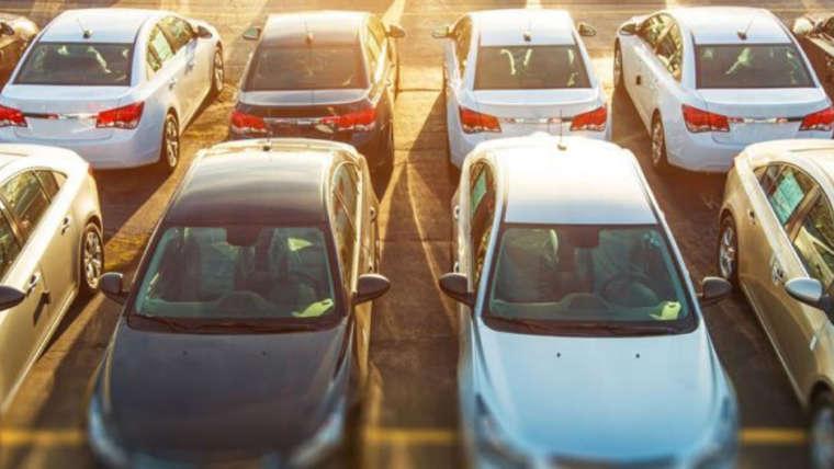 ¿Sabes aparcar bien? Te damos algunos consejos