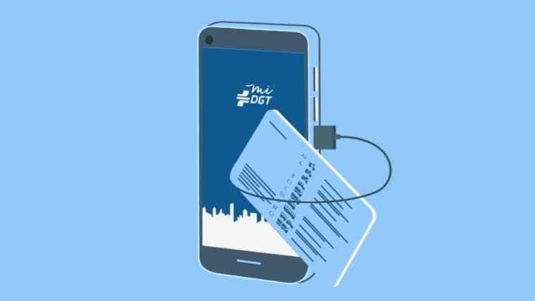 Los móviles son los nuevos permisos de conducir: MiDGT